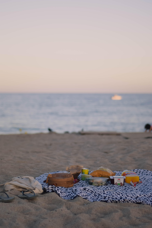 Premia de Mar beachfront picnic